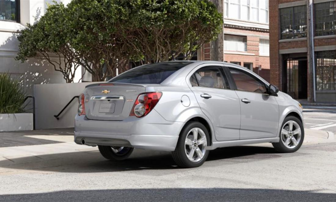 2015 chevy sonic rs sedan colors and buyers guide info 32. Black Bedroom Furniture Sets. Home Design Ideas