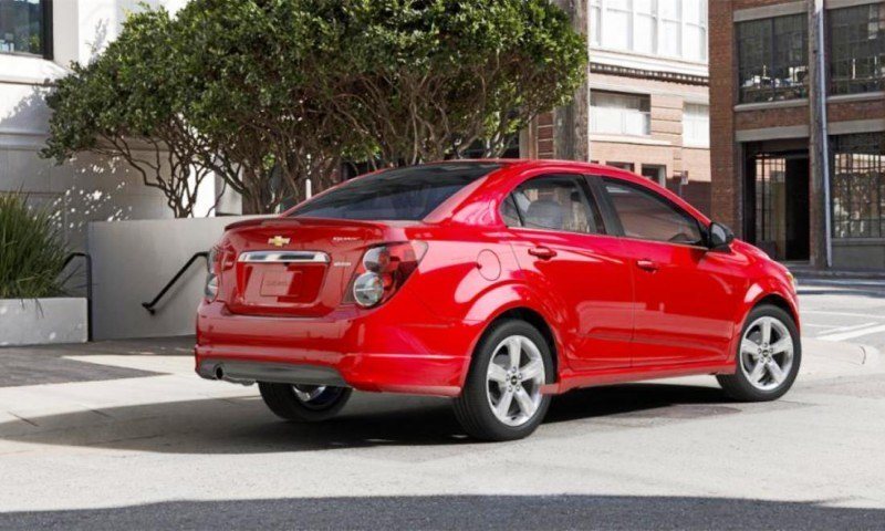 2015 Chevy Sonic RS Sedan COLORS and Buyers Guide Info 36