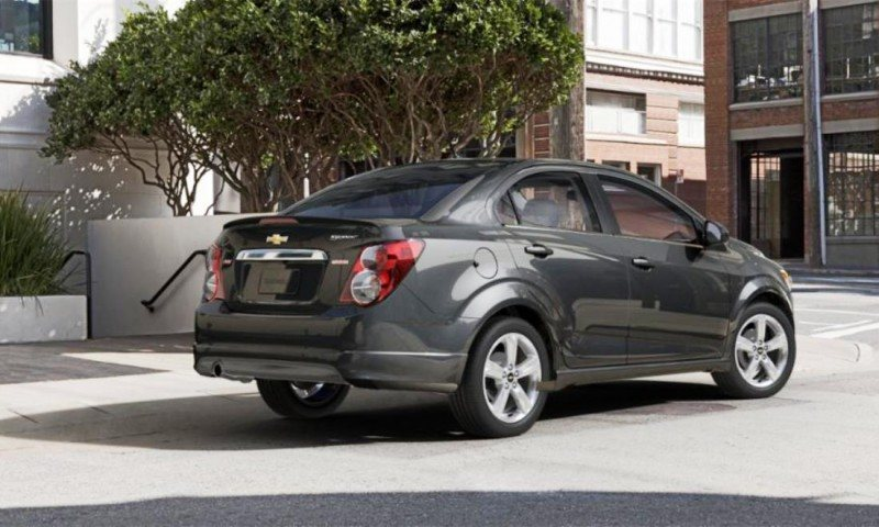 2015 Chevy Sonic RS Sedan COLORS and Buyers Guide Info 52