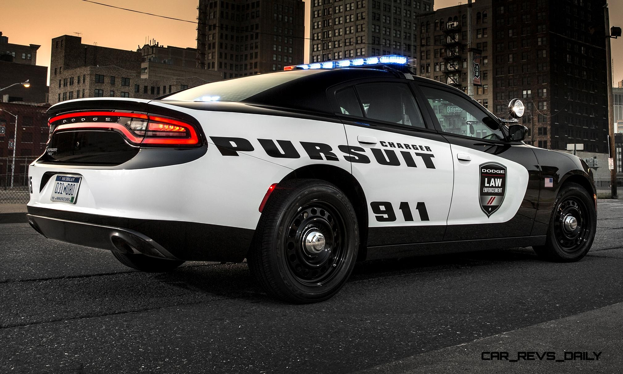 Flex Fuel Cars >> 2015 Dodge Charger Pursuit is Coolest Standard-Issue ...