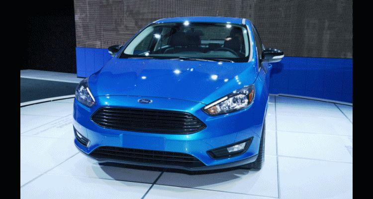 2015 Focus sedan header1 gif