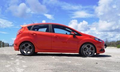 2015 Ford Fiesta ST 27