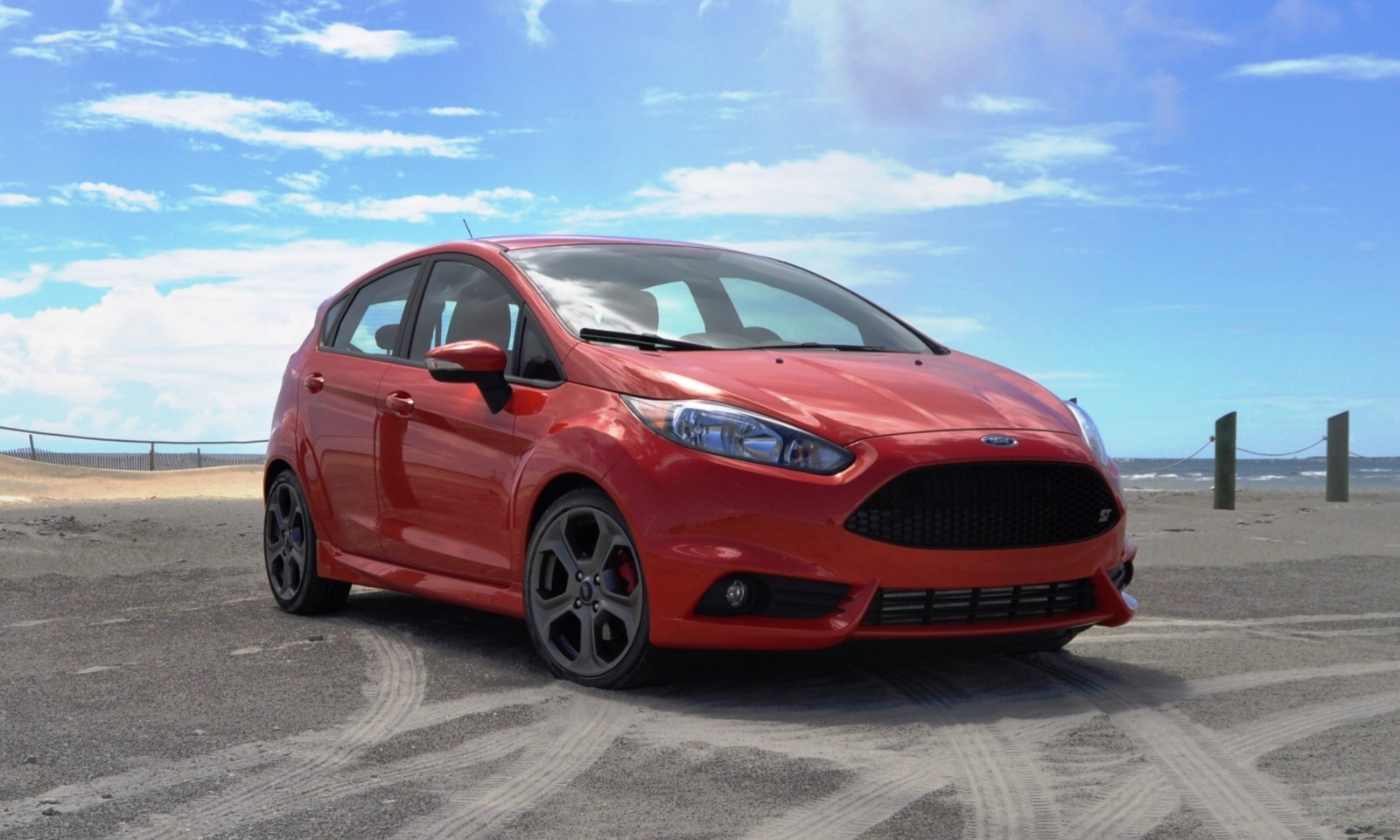 2015 ford fiesta st 30. Black Bedroom Furniture Sets. Home Design Ideas