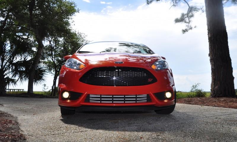 2015 Ford Fiesta ST 9