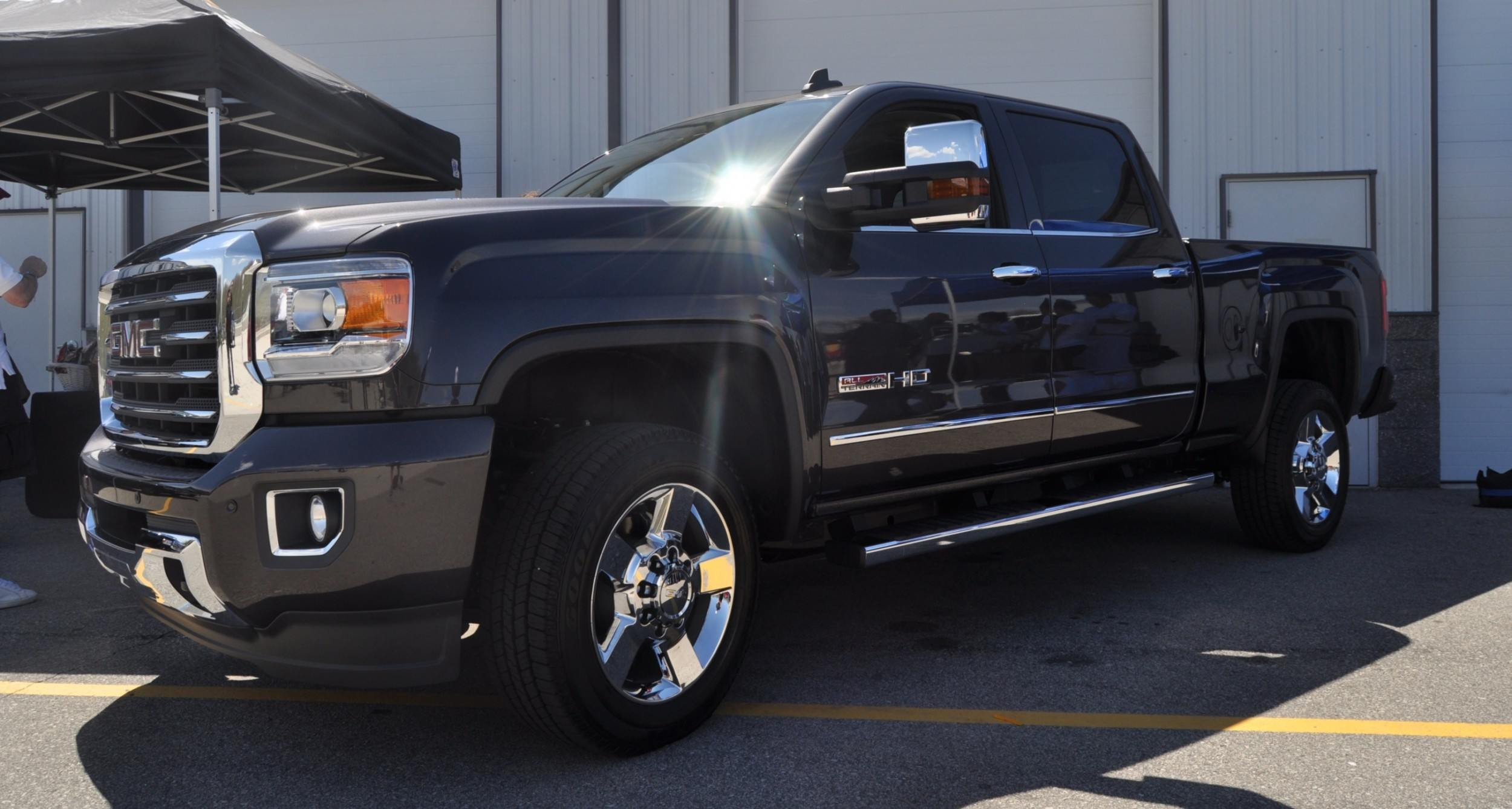 2015 GMC Sierra All Terrain HD - Real-Life Launch Photos of the King-Kong 2015 HD Truck