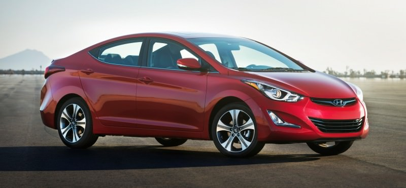2015 Hyundai Elantra Sedan Brings Classy LED and Tech Updates 10