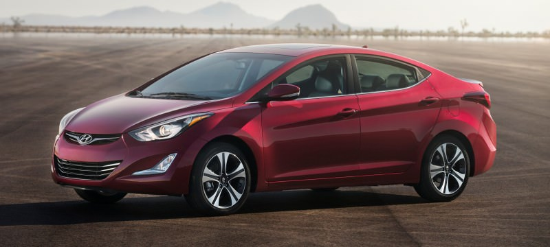 2015 Hyundai Elantra Sedan Brings Classy LED and Tech Updates  11