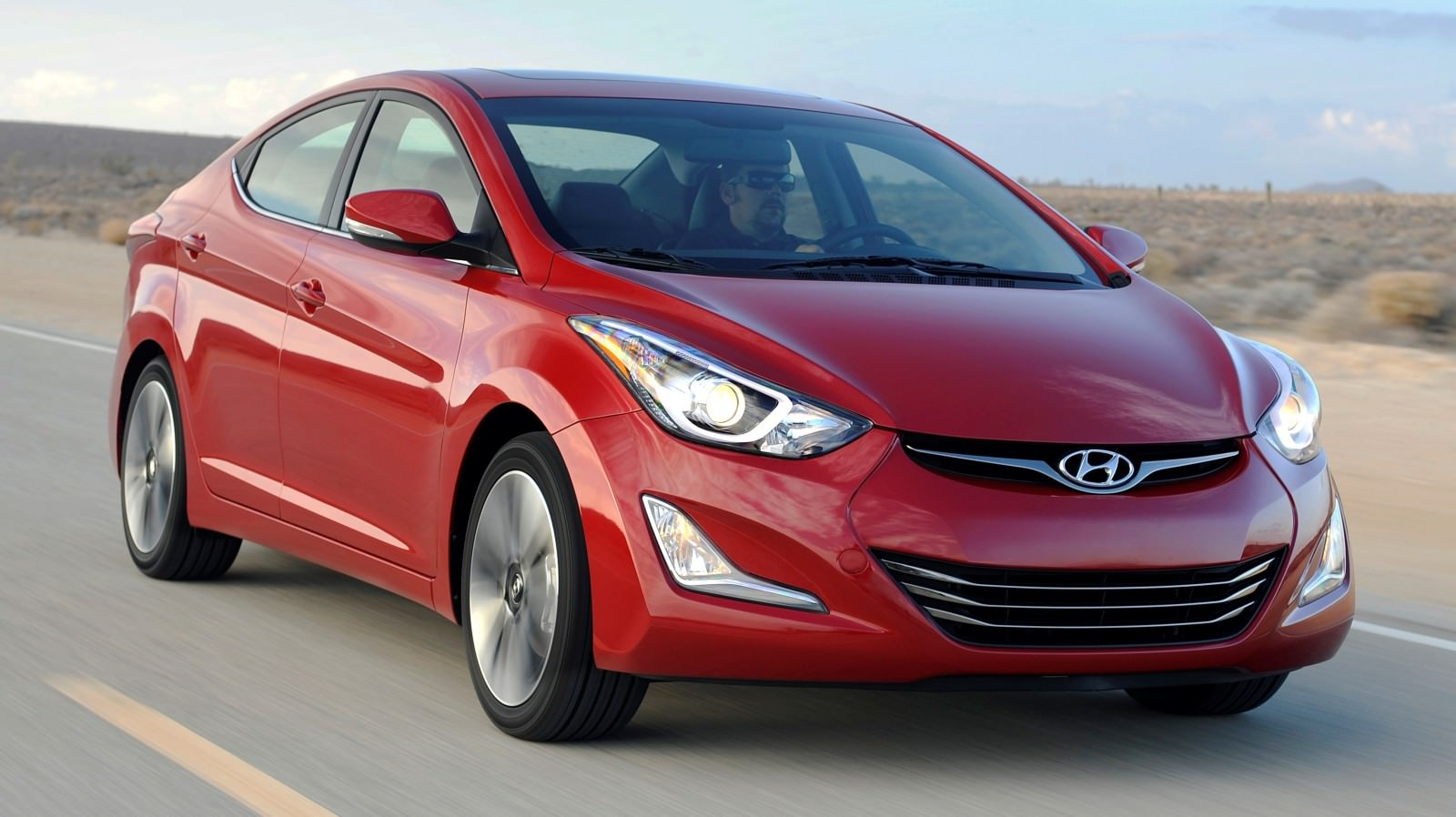 2015 Hyundai Elantra Sedan Brings Classy LED and Tech Updates  12