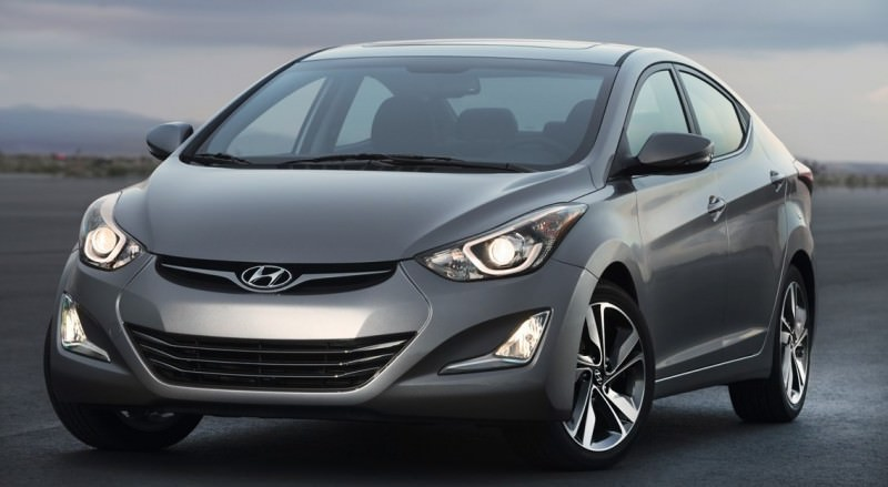 2015 Hyundai Elantra Sedan Brings Classy LED and Tech Updates  14