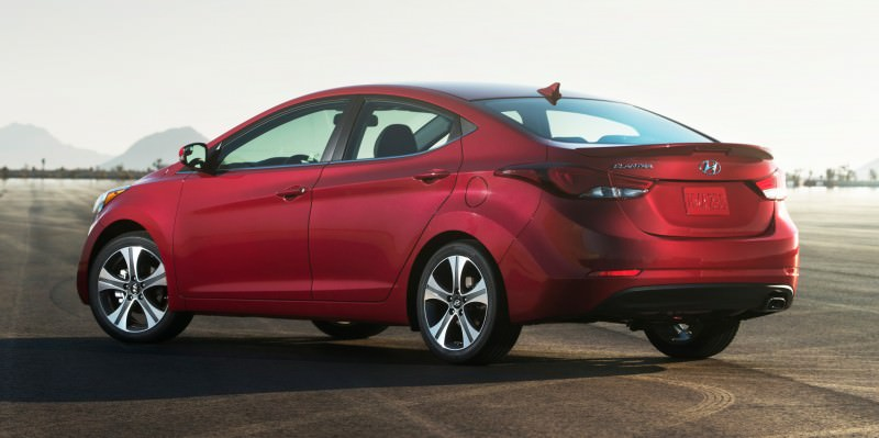 2015 Hyundai Elantra Sedan Brings Classy LED and Tech Updates  18
