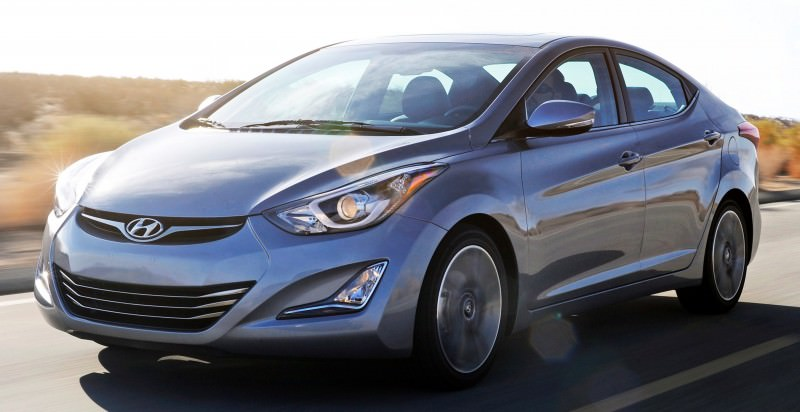 2015 Hyundai Elantra Sedan Brings Classy LED and Tech Updates  3