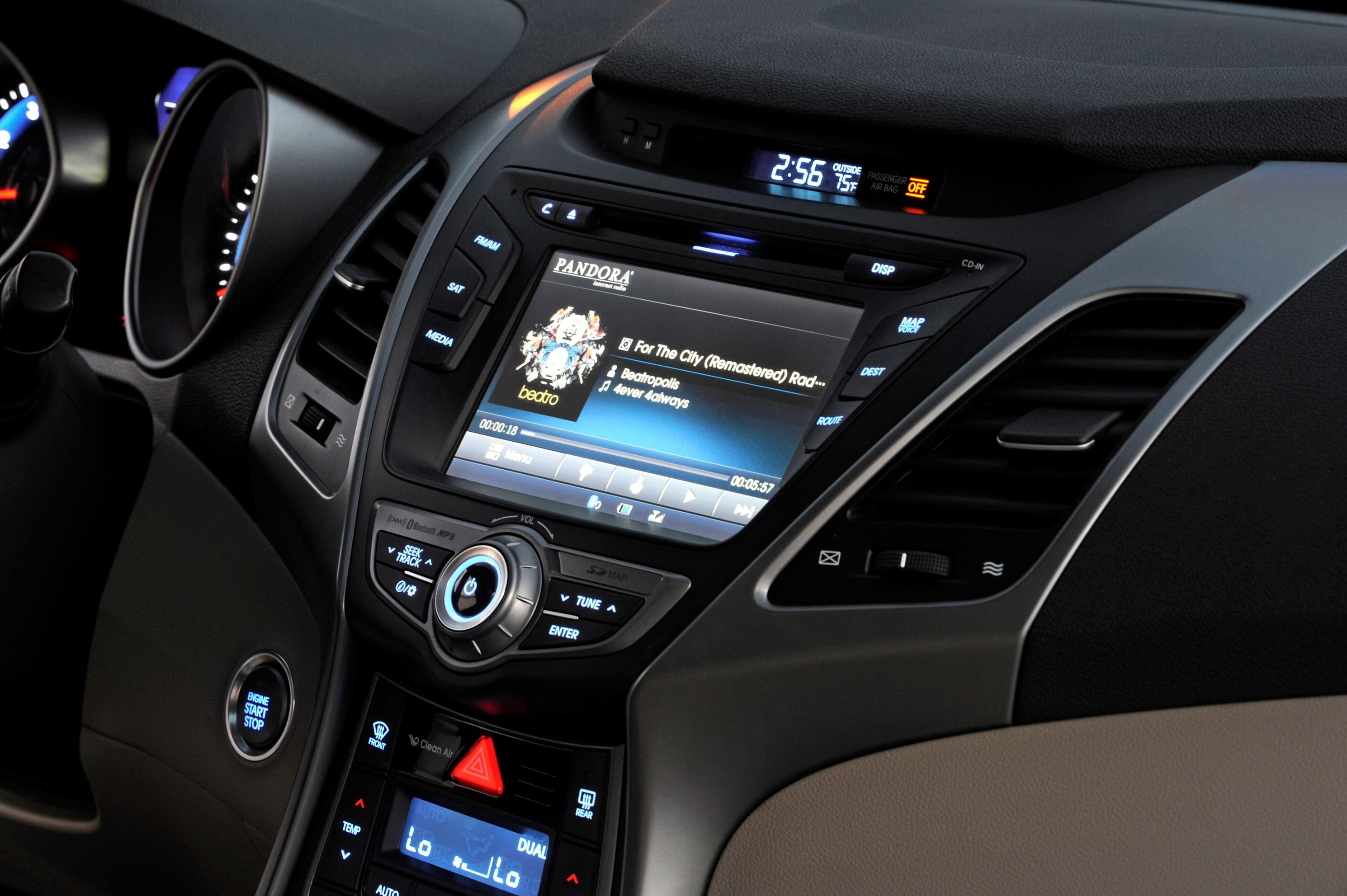 ... 2015 Hyundai Elantra Sedan Brings Classy LED And Tech Updates 48 ...