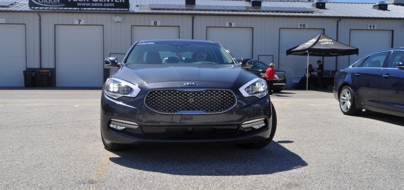 2015 Kia K900 LED Lighting Low, High and Brake Light Photos 10