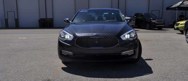 2015 Kia K900 LED Lighting Low, High and Brake Light Photos 19