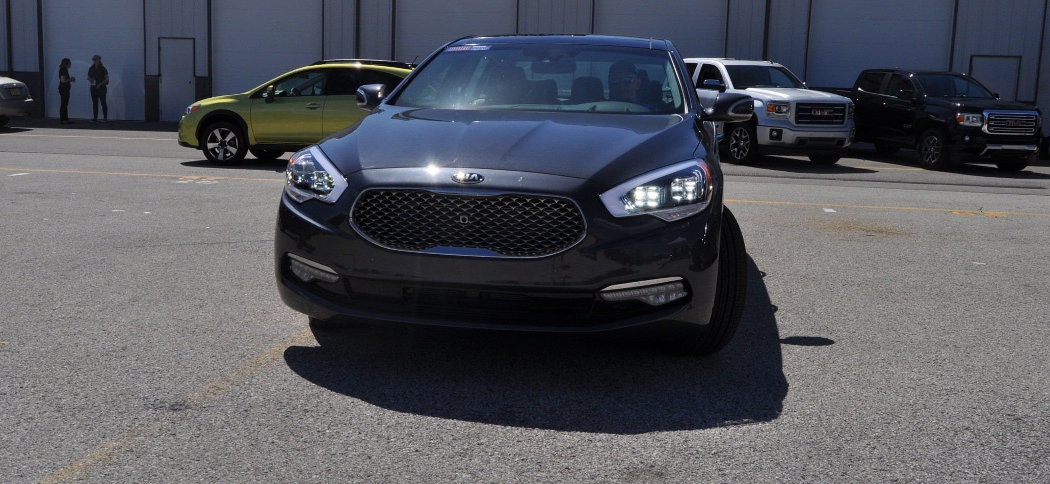 2015 Kia K900 LED Lighting Low, High and Brake Light Photos 22
