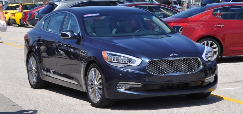 2015 Kia K900 LED Lighting Low, High and Brake Light Photos 7