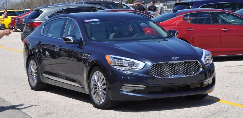 2015 Kia K900 LED Lighting Low, High and Brake Light Photos 8