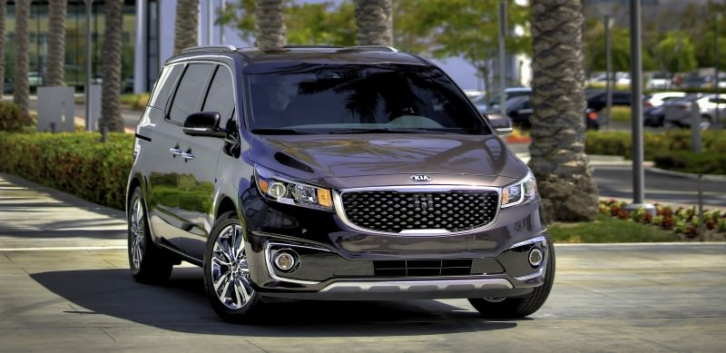 2015 Kia Sedona Becomes Seriously Competitive With Lux Style, Tech and Cabin Space 2