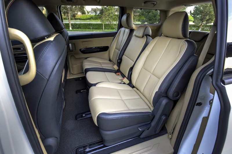 2015 Kia Sedona Becomes Seriously Competitive With Lux Style, Tech and Cabin Space 23