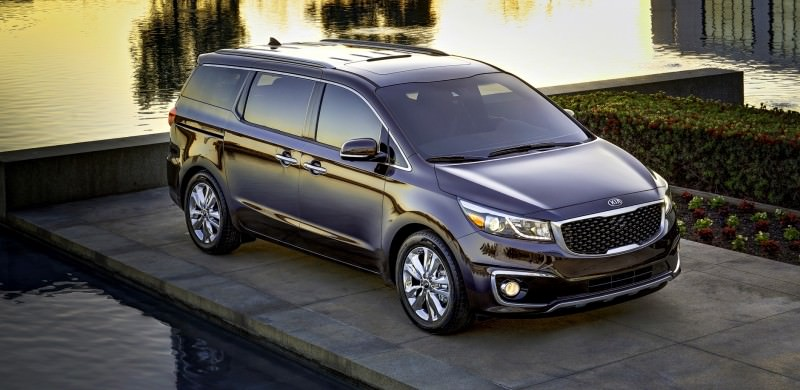 2015 Kia Sedona Becomes Seriously Competitive With Lux Style, Tech and Cabin Space 3