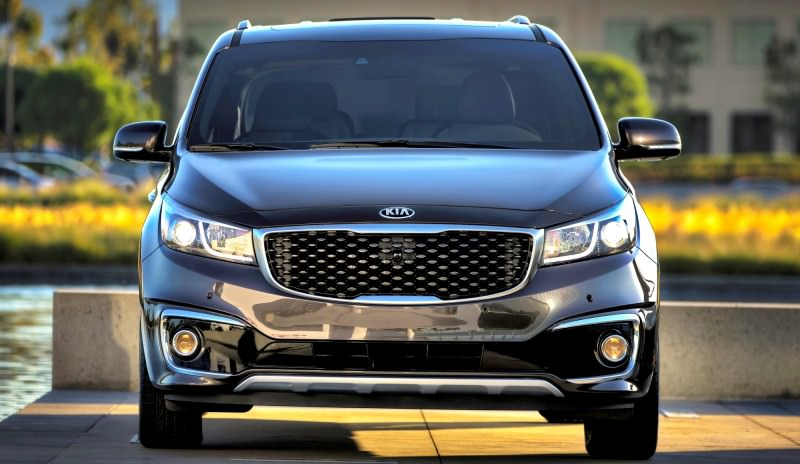 2015 Kia Sedona Becomes Seriously Competitive With Lux Style, Tech and Cabin Space 31