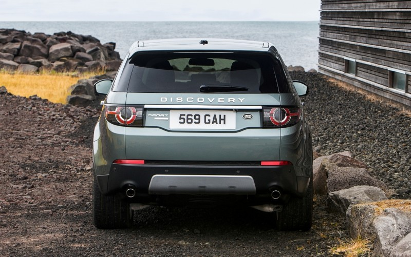 2015 Land Rover Discovery Sport 18