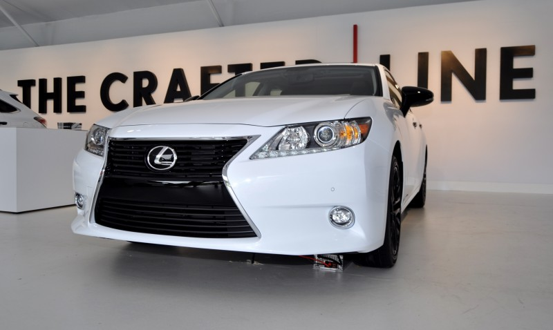 2015 Lexus ES Crafted Line 12