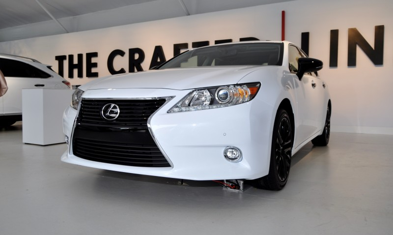 2015 Lexus ES Crafted Line 13