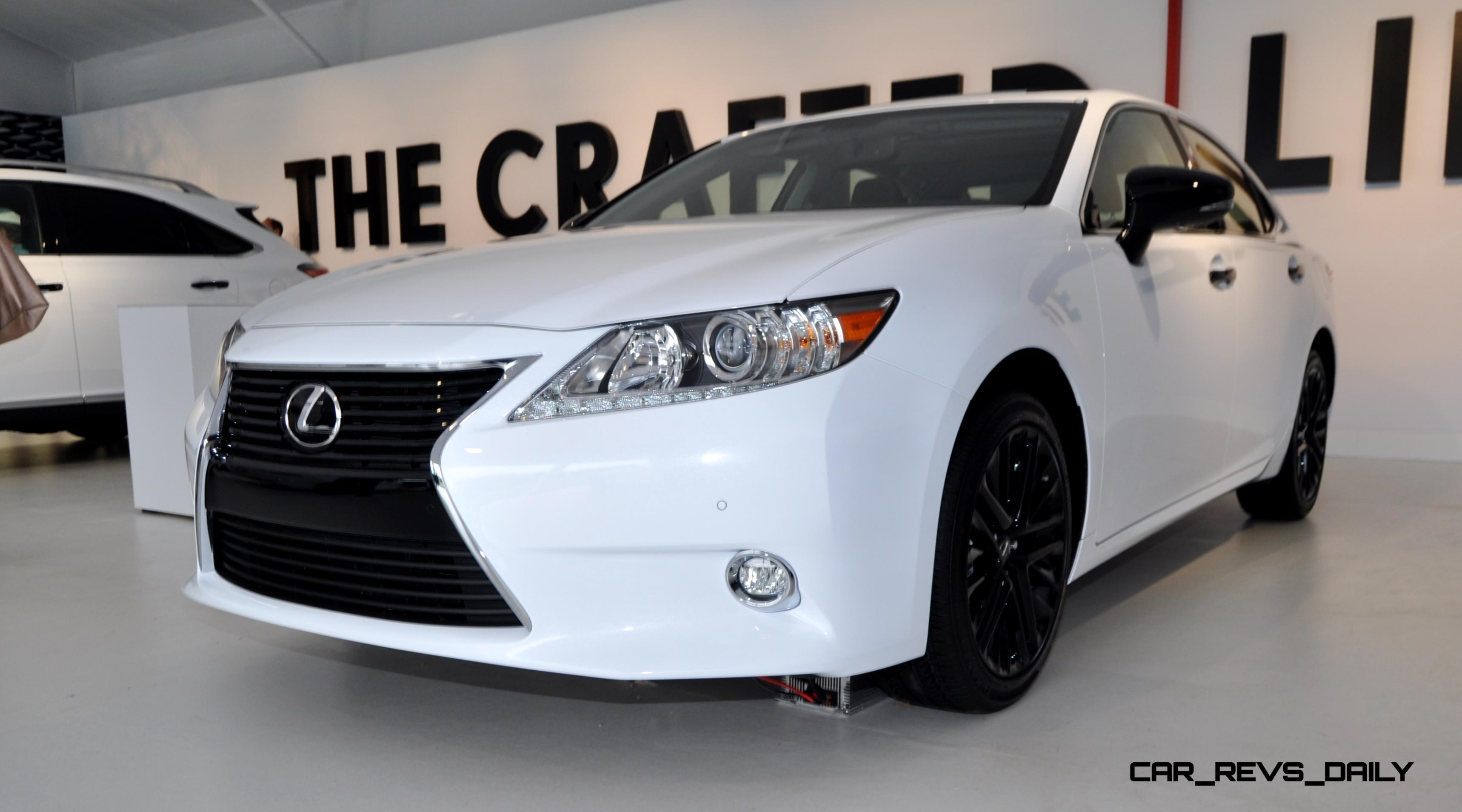 2015 Lexus ES Crafted Line 14