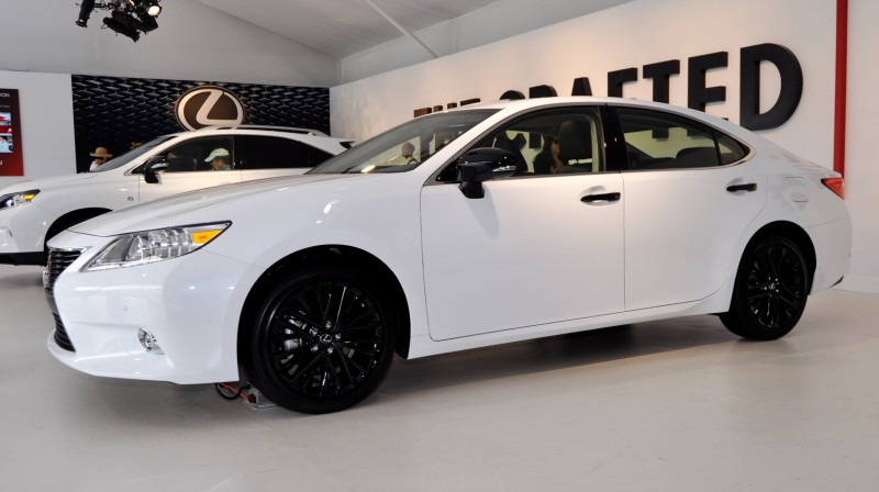 2015 Lexus ES Crafted Line 16