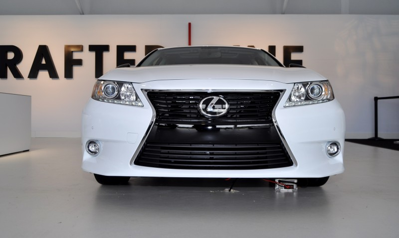 2015 Lexus ES Crafted Line 7