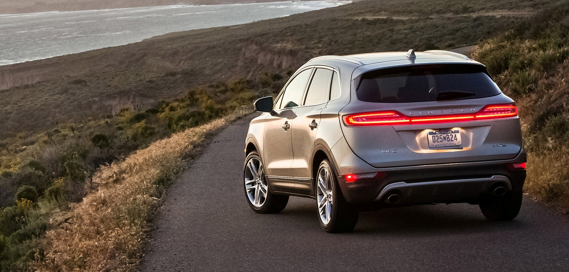 2015 Lincoln MKC Arriving in Showrooms Now – 2.0L EcoBoost from $34k