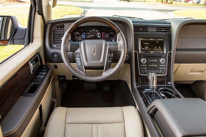 2015 Lincoln Navigator 3
