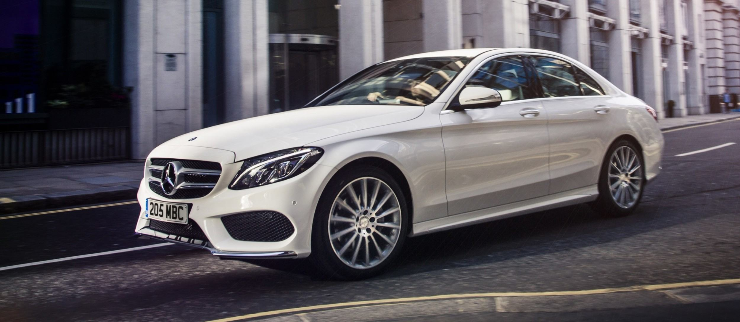 2015 mercedes benz c class in 40 new photos from london for 2015 mercedes benz c400