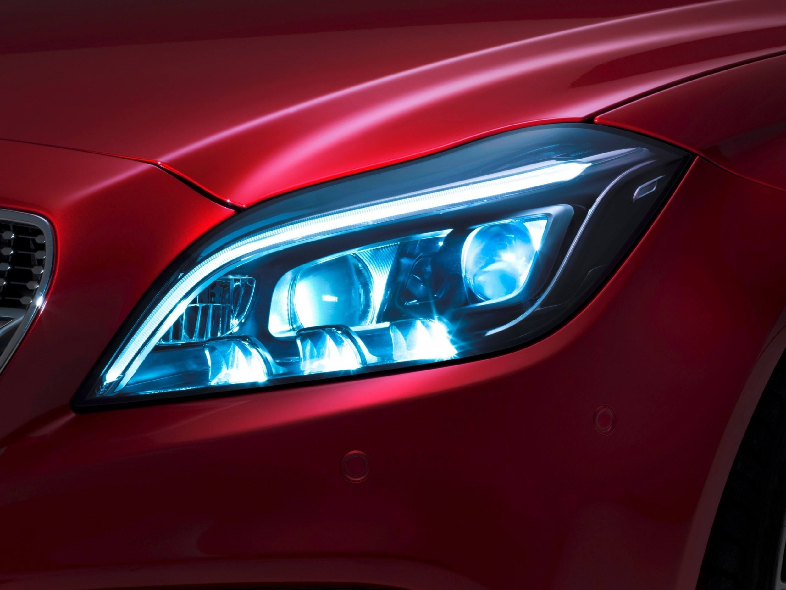 Update1 new photos 2015 mercedes benz cls class facelift for Led light for mercedes benz