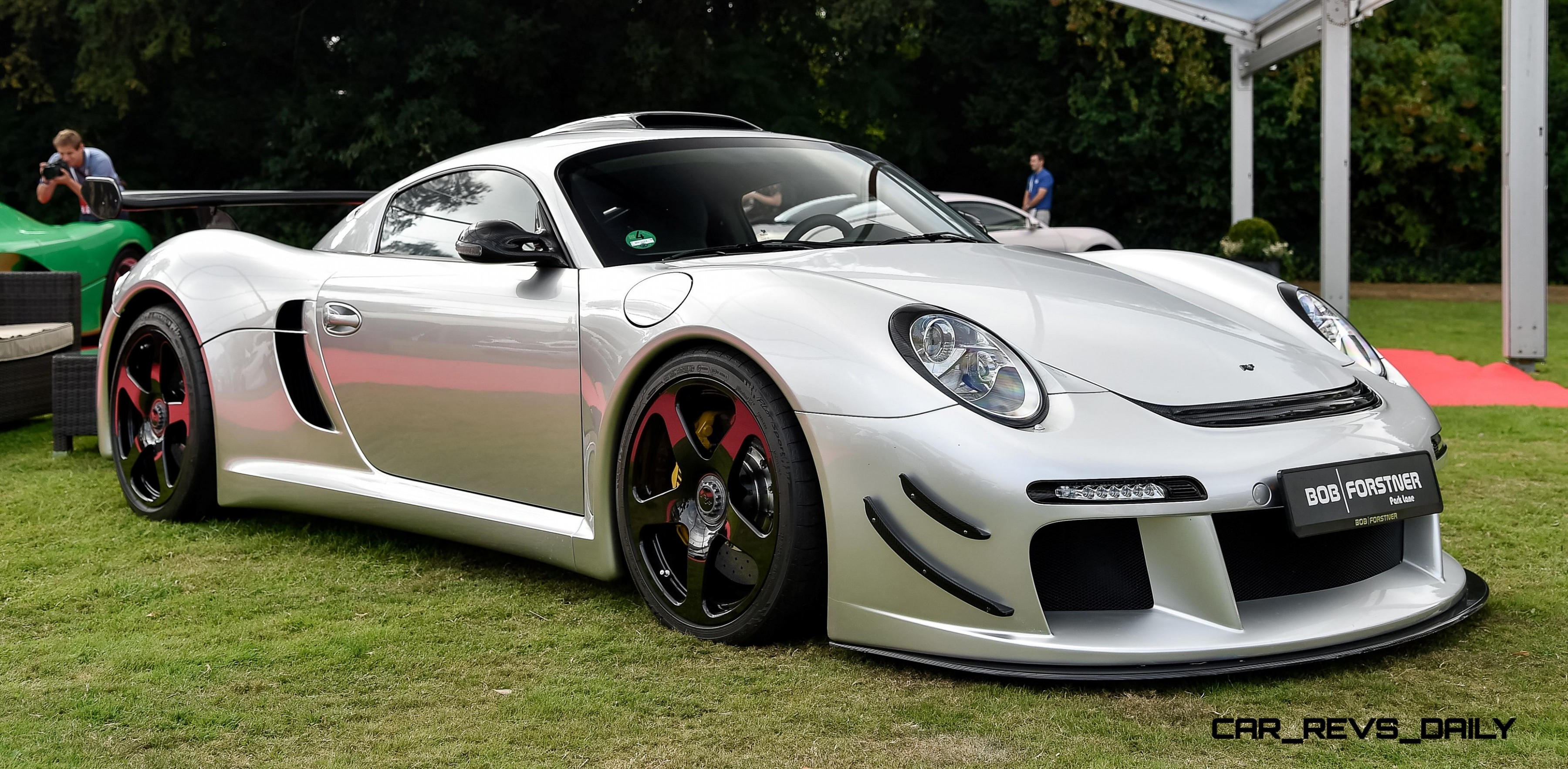 Ruf Ctr3 Clubsport on rear panel of car