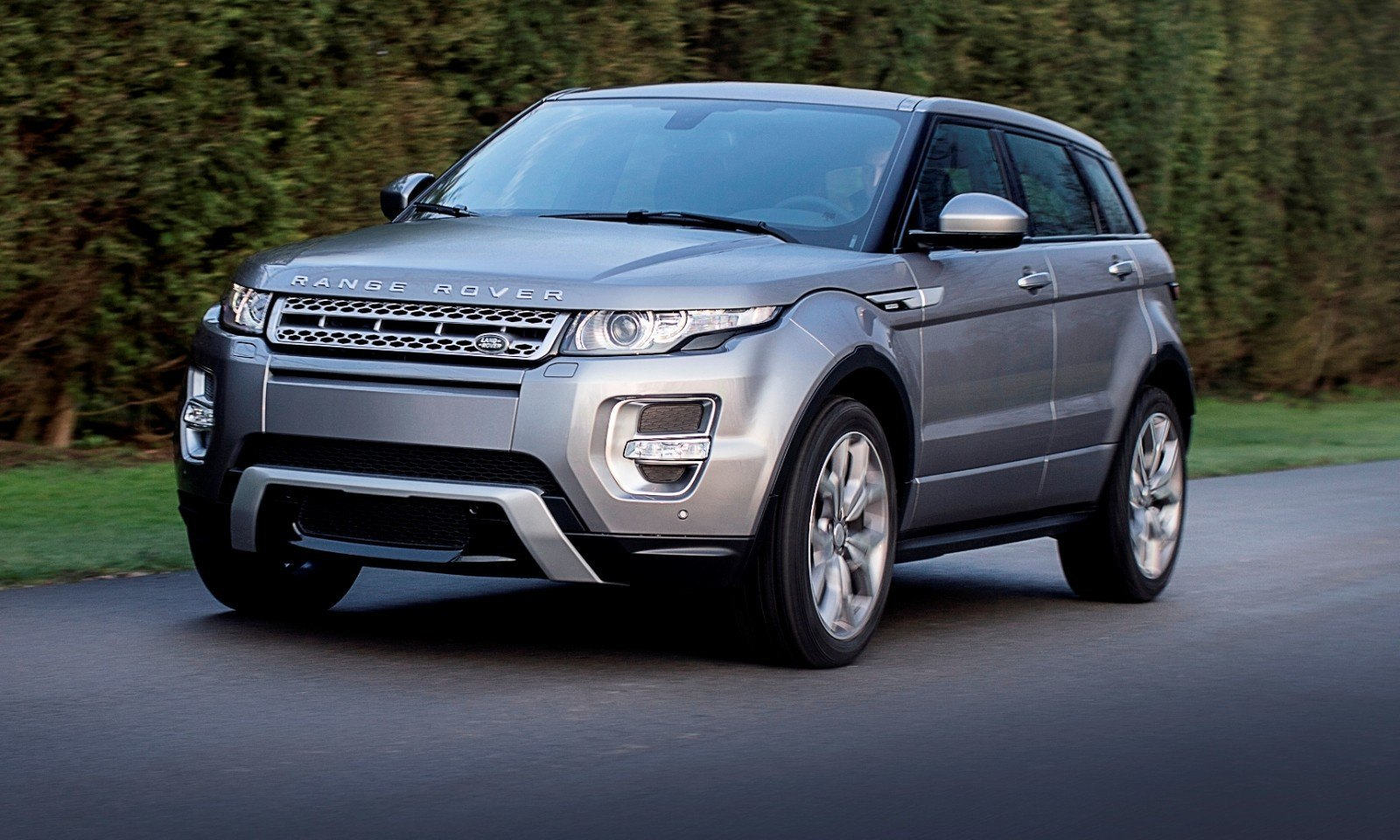 2015 Range Rover Evoque Gains 9-Speed Auto, Refreshed Info Tech and Boosted Engine HP 6