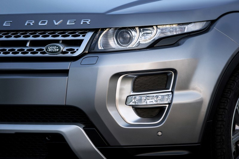 2015 Range Rover Evoque Gains 9-Speed Auto, Refreshed Info Tech and Boosted Engine HP 8