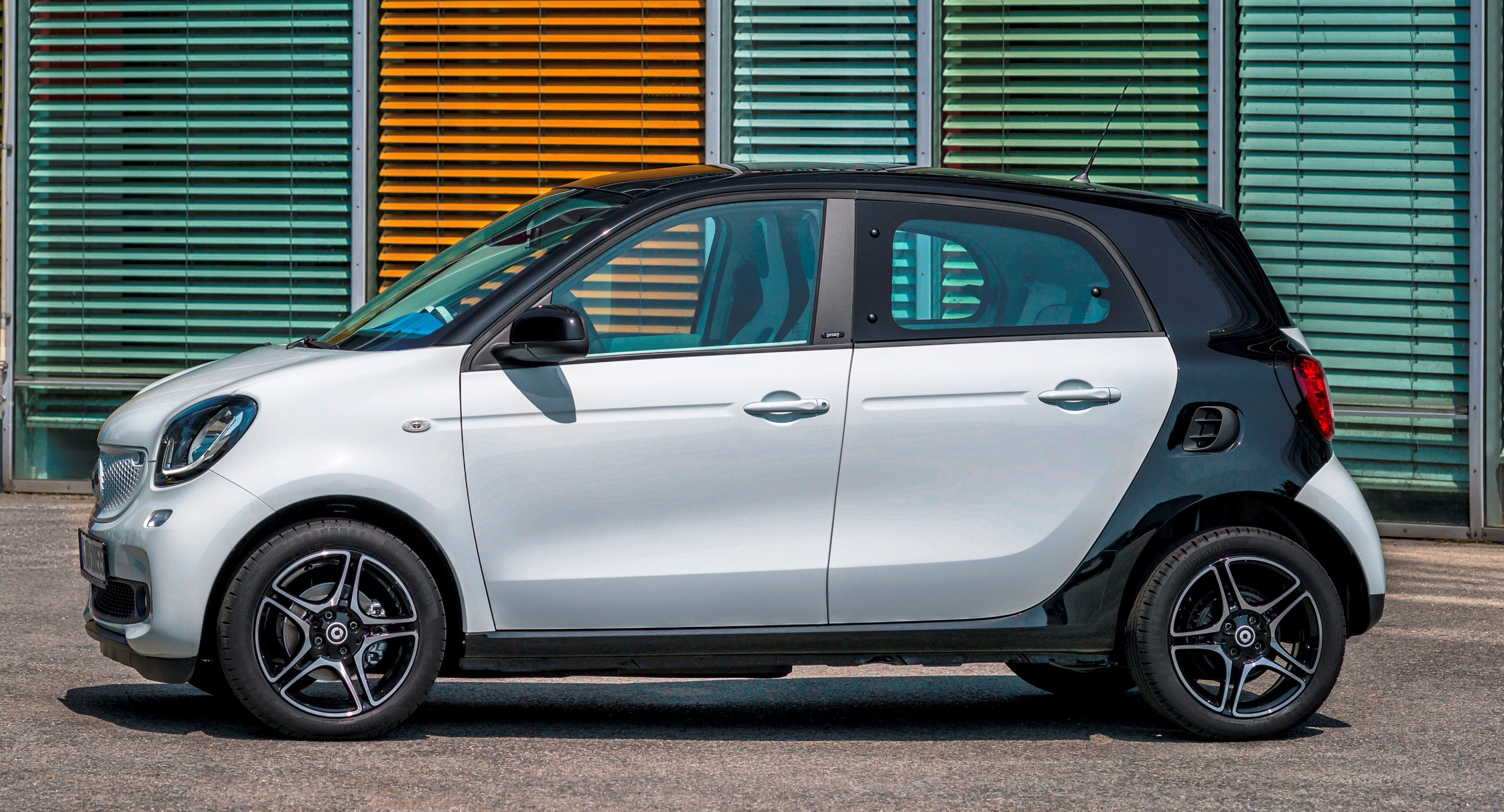 Smart fortwo and forfour new dual clutch automatic