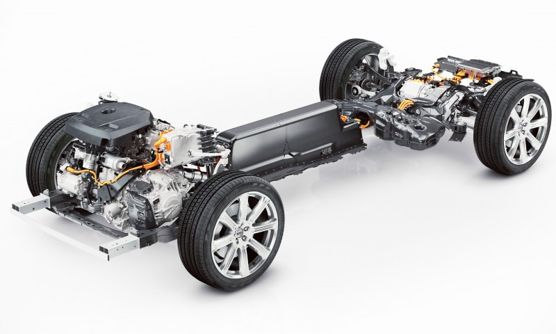 2015 VOLVO XC90 Powertrain Teaser - Twin-Engine PHEV with 400HP Dubbed T8, 316HP T6 Also Coming to USA 6