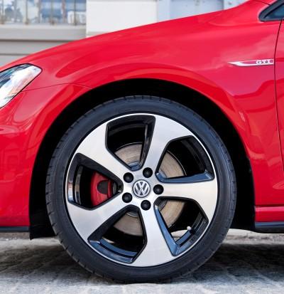 2015 VW GTI USA16
