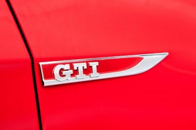 2015 VW GTI USA18