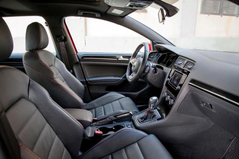 2015 VW GTI USA24