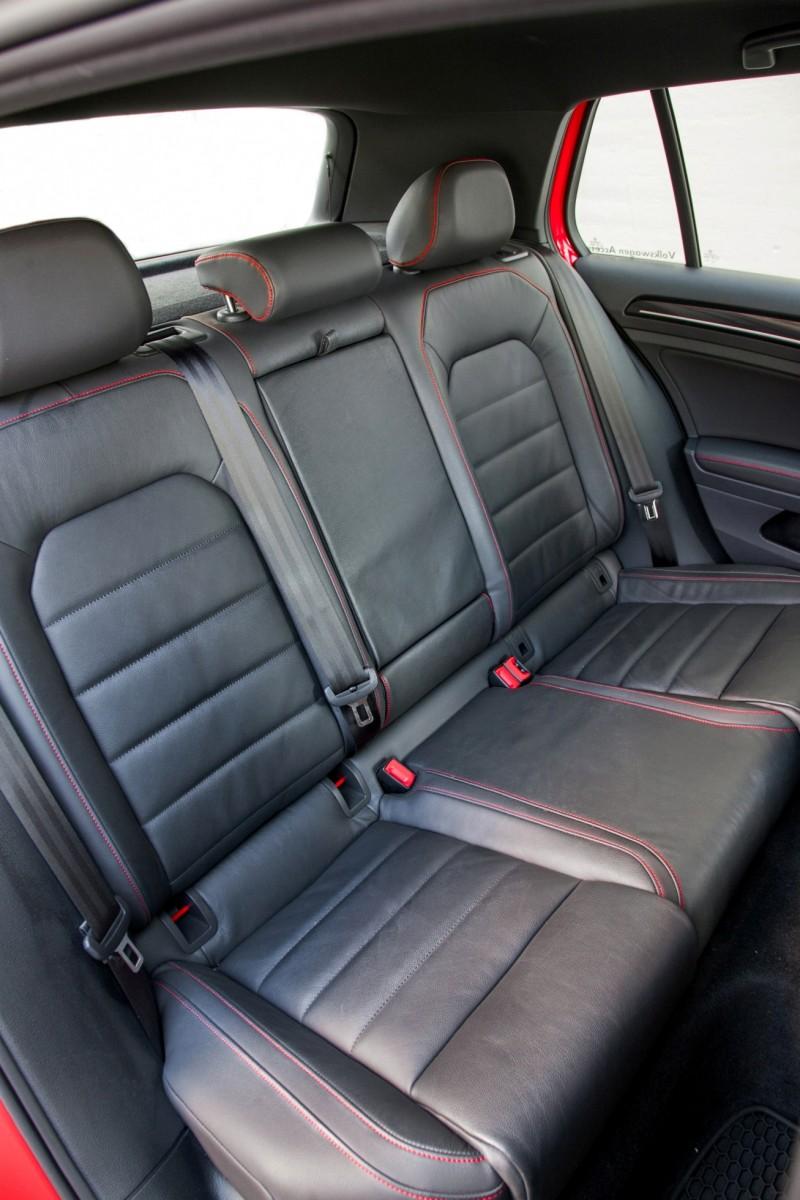 2015 VW GTI USA25