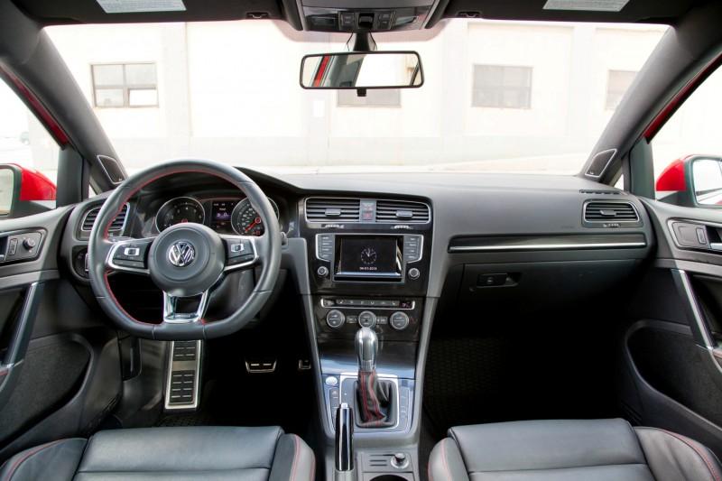 2015 VW GTI USA26