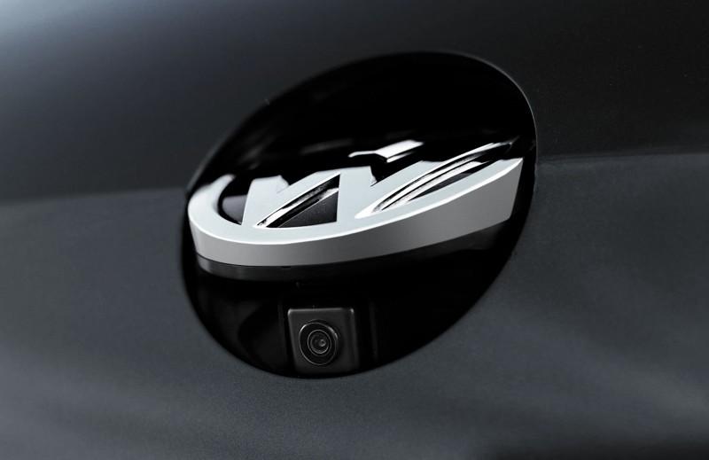 2015 VW GTI USA32