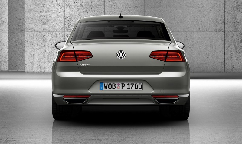 2015 Volkswagen Passat Debuts Fresh European-Model-Only Redesign 21