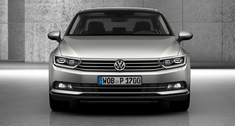 2015 Volkswagen Passat Debuts Fresh European-Model-Only Redesign 22