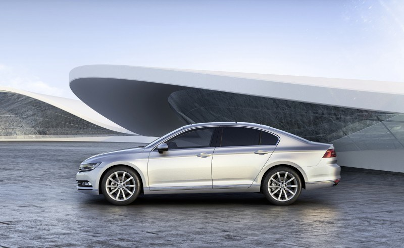2015 Volkswagen Passat Debuts Fresh European-Model-Only Redesign 28