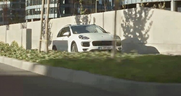 2015 cayenne animation